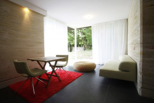 Photographie d'architecture d'une maison en pisé, photo réalisée pour l'architecte Thierry Bonne | Philippe DUREUIL Photographie