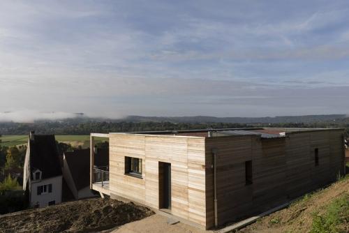 Maison à ossature bois au cœur du vignoble champenois. Architecte Thierry Bonne   Philippe DUREUIL Photographie