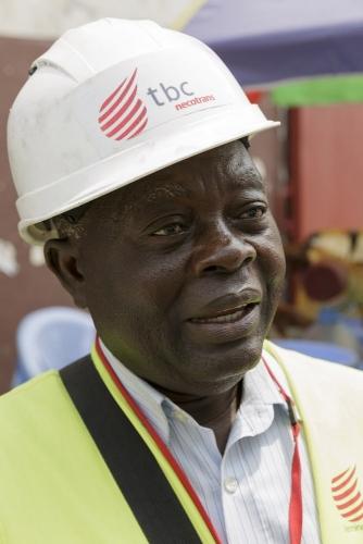 Photographie de portrait corporate réalisée à Brazaville au Congo pour le Groupe Necotrans. | Philippe DUREUIL Photographie