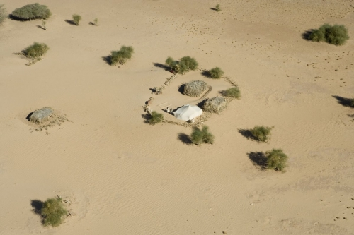 Vue aérienne d'un campement de nomades dans désert du basin de Taoudéni en Mauritanie | Philippe DUREUIL Photographie