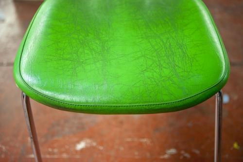 Assise de chaise en vinyl vert | Philippe DUREUIL Photographie