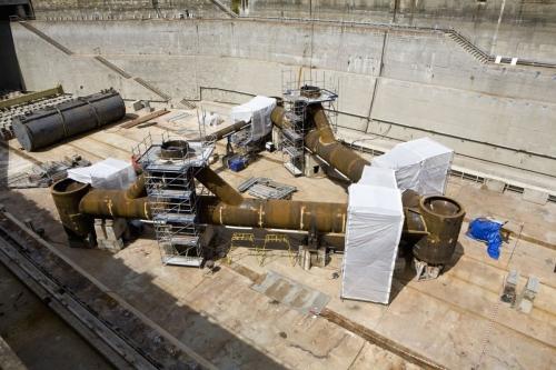 Photographie industrielle réalisée à la DCNS de Brest. Assemblage du tripode de l'hydrolienne l'Arcouest d'EDF. Agence Toma. | Philippe DUREUIL Photographie