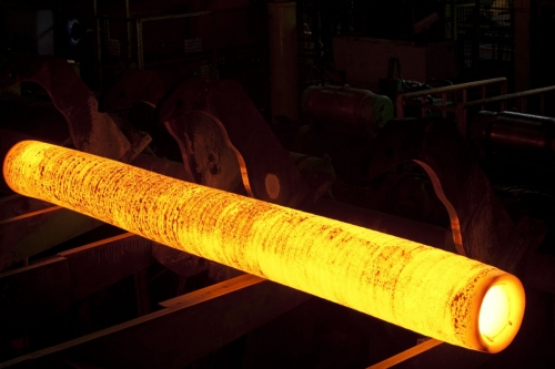 Photographie industrielle d'une ébauche de tube en fusion | Philippe DUREUIL Photographie