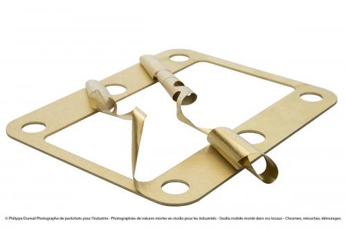 Packshot d'une pièce industrielle - Photo produit réalisée en studio mobile. Nature morte réalisée sur commande pour la société Mécaflash. | Philippe DUREUIL Photographie