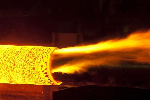 Forge - Perçage d'un tube - Photo industrielle réalisée pour le Groupe Vallourec aux USA | Philippe DUREUIL Photographie