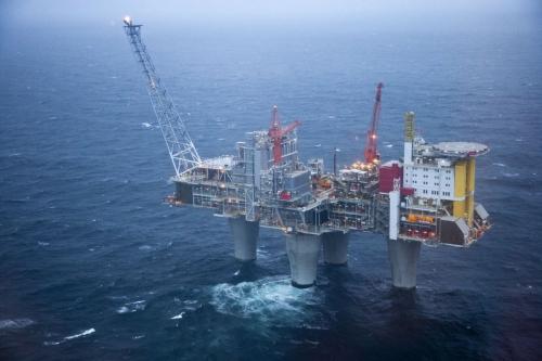 Photo industrielle aérienne de la plate-forme de Troll A en mer du nord. Agence : Mc Cann G Agency - Annonceur : Engie | Philippe DUREUIL Photographie