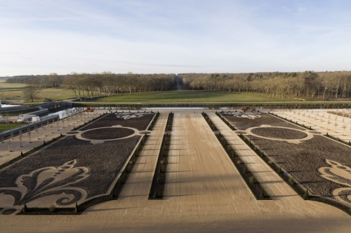 Photo du chantier de restitution des jardins du château de Chambord réalisée depuis les terrasses. | Philippe DUREUIL Photographie