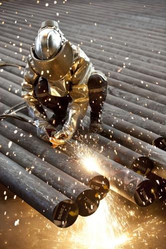 Reportage photo industriel. Homme au travail dans l'entreprise. | Philippe DUREUIL Photographie