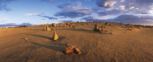 Photographie panoramique de paysage réalisée en Australie dans le Pinnacles désert. | Philippe DUREUIL Photographie