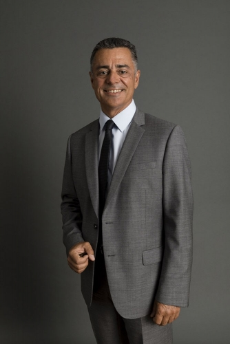 Photo de portrait corporate réalisée en studio sur site | Philippe DUREUIL Photographie