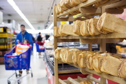 Photographie de commande réalisée pour le Groupe Carrefour en Belgique au rayon boulangerie. | Philippe DUREUIL Photographie
