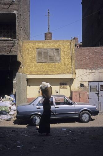 Devant la maison de Sœur Sara au Caire | Philippe DUREUIL Photographie