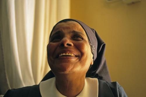 Portrait de Sœur Sara réalisé au Caire en Égypte | Philippe DUREUIL Photographie