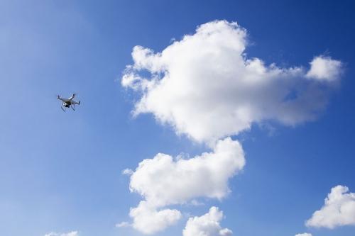 Le drone en vol | Philippe DUREUIL Photographie