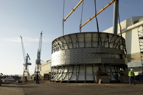 Reportage corporate sur la construction de l'hydrolienne l'Arcouest réalisée pour le groupe EDF. Production par l'Agence Toma. | Philippe DUREUIL Photographie