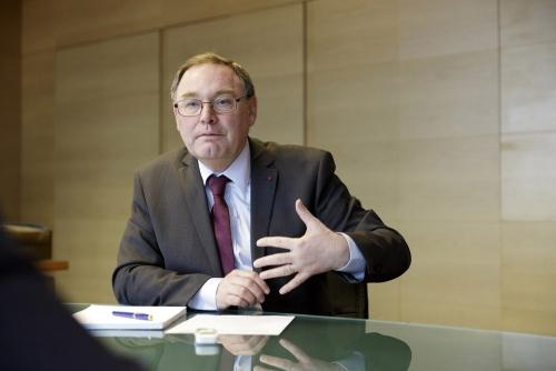 Reportage photo corporate réalisé pendant l'ITW de Monsieur Daniel Verwaerde, Administrateur Général du CEA. | Philippe DUREUIL Photographie