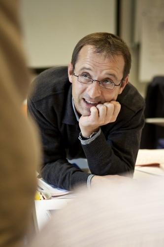 Reportage corporate réalisé pour l'entreprise Vallourec. Portrait corporate d'un manager pendant un séminaire de formation Vallourec University. | Philippe DUREUIL Photographie