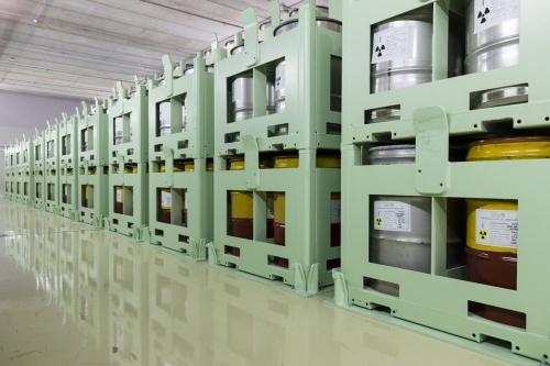 Stockage de déchets radioactifs à la centrale nucléaire de Garigliano. | Philippe DUREUIL Photographie