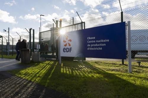 Photo extérieure du centre nucléaire de production d'électricité de de Chooz A | Philippe DUREUIL Photographie