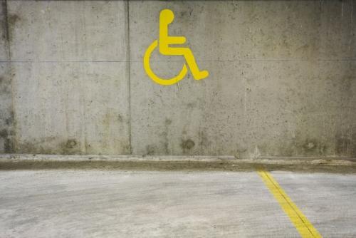 Logo pour place de parking réservé aux handicapés