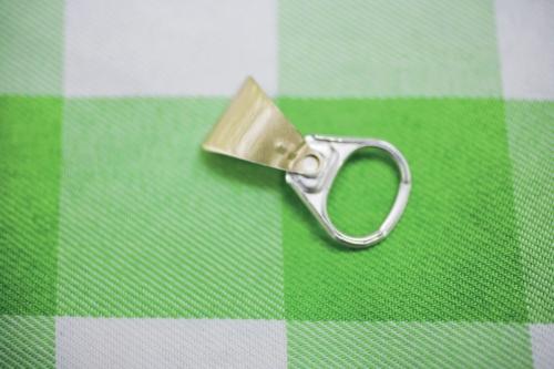 Languette de canette en aluminium | Philippe DUREUIL Photographie