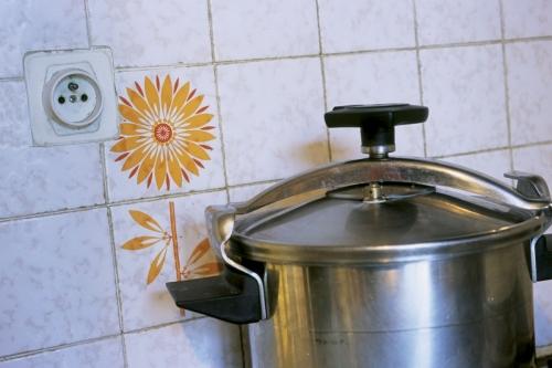 Cocotte minute à la cuisine | Philippe DUREUIL Photographie