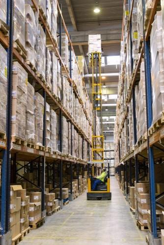 Photographie industrielle logistique entrepôt