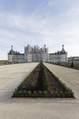 Photographie de reportage sur les travaux de restitution des jardins à la française du château de Chambord. | Philippe DUREUIL Photographie