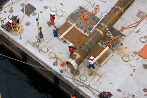 Photographie corporate d'hommes au travail réalisée pour le groupe EDF. Agence : Toma | Philippe DUREUIL Photographie