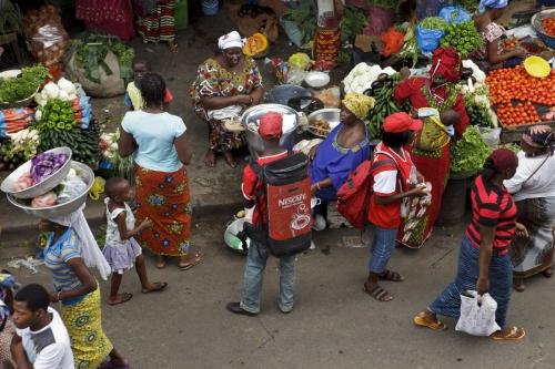 SFS Sampling Nescafé® au marché d'Abidjan | Philippe DUREUIL Photographie