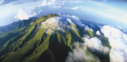 Photographie panoramique de paysage réalisée pour illustrer une campagne de publicité, affiches 4 x 3, & PLV, pour l'Office du Tourisme de la Martinique. Agence : DIVA. Directeur Artistique : Vincent LE BEE | Philippe DUREUIL Photographie