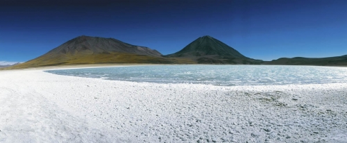 Photographie panoramique de paysage de lagune réalisée sur l'Altiplano en Bolivie. | Philippe DUREUIL Photographie