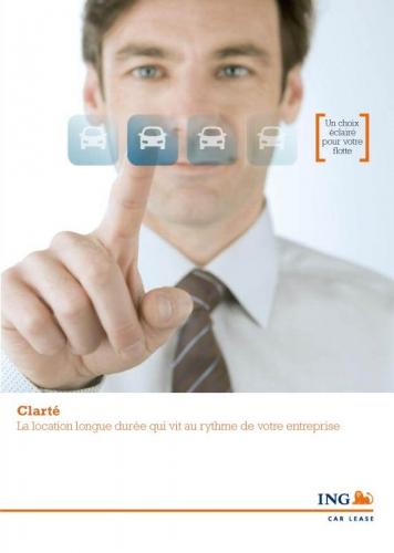 Portrait d'un homme en cravate réalisé en studio destiné à illustrer une brochure commerciale pour ING car Lease - Agence : Thélème - DA : Brigitte Chenu | Philippe DUREUIL Photographie