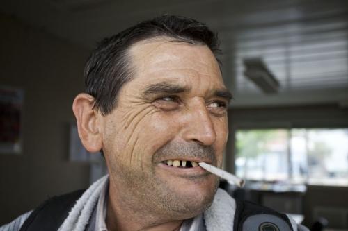 Portrait fumeur homme