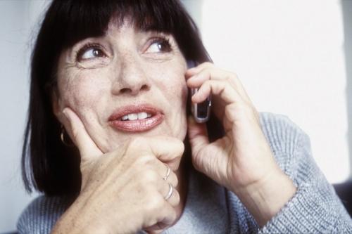 Femme au téléphone | Philippe DUREUIL Photographie